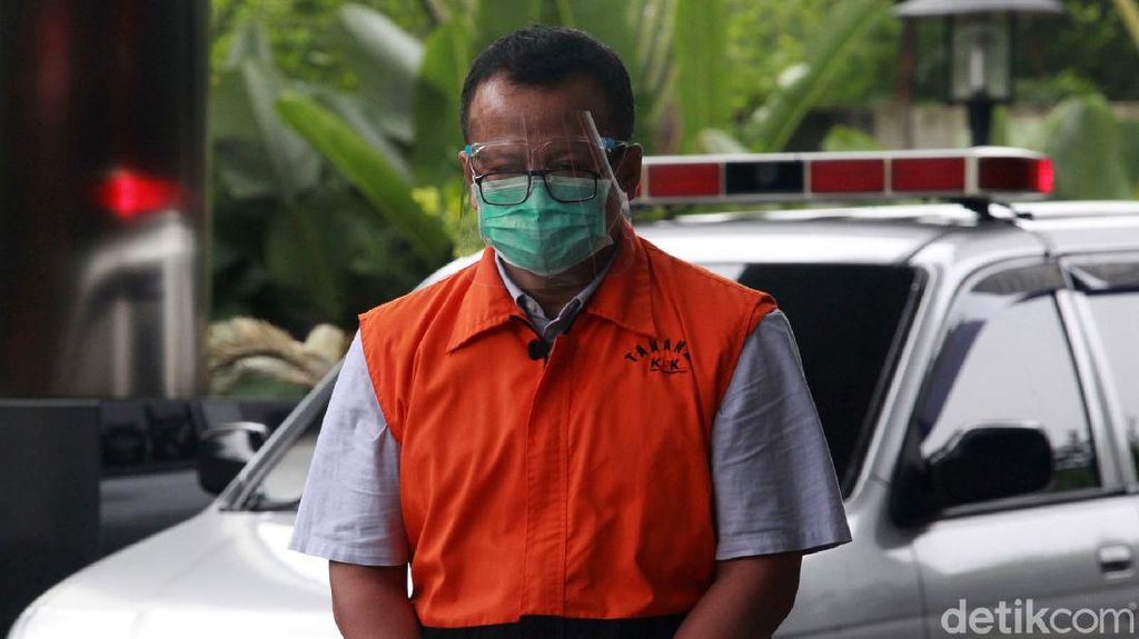 Edhy Prabowo Tertunduk Lesu