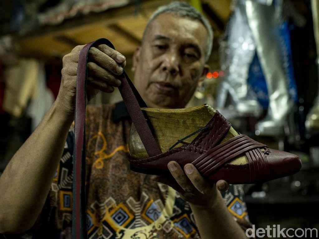 Intip Pembuatan Sepatu Custom di Pernas Shoes