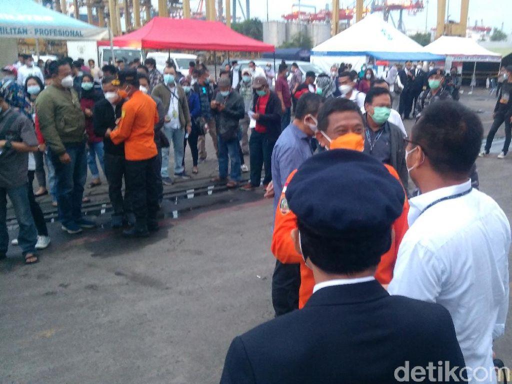 Keluarga Korban Sriwijaya Air SJ182 Jalani Swab Antigen Jelang Tabur Bunga