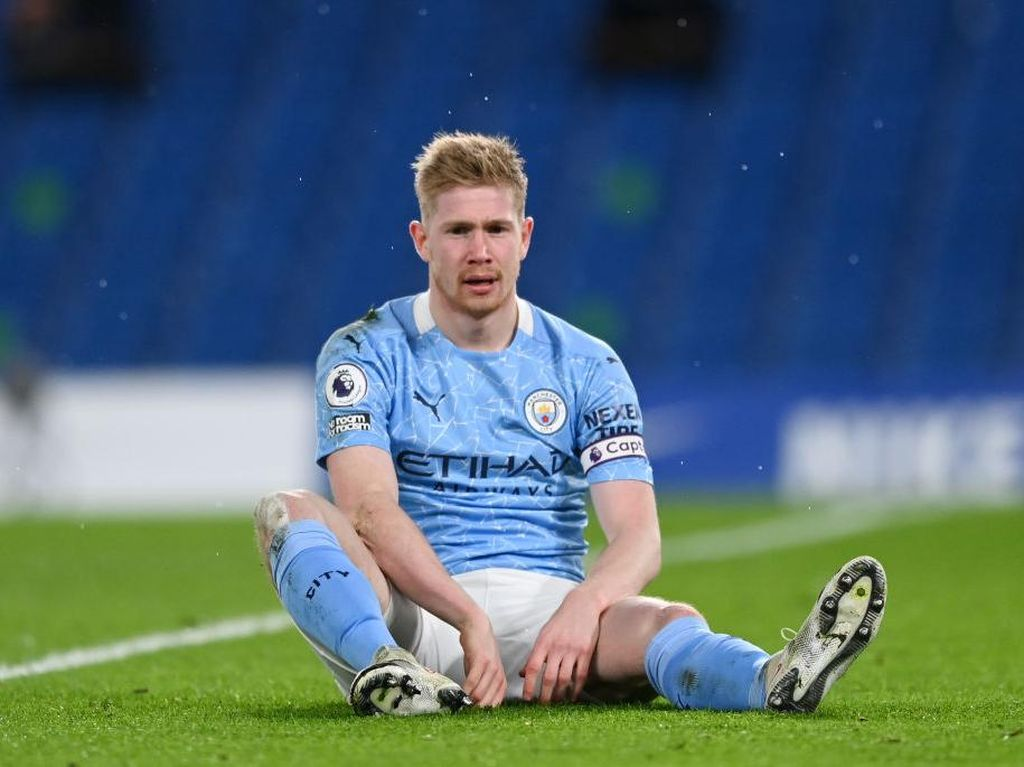 Manchester City: No De Bruyne Still Party