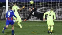 Comeback Atletico Madrid atas Eibar, Suarez Cetak Gol Panenka