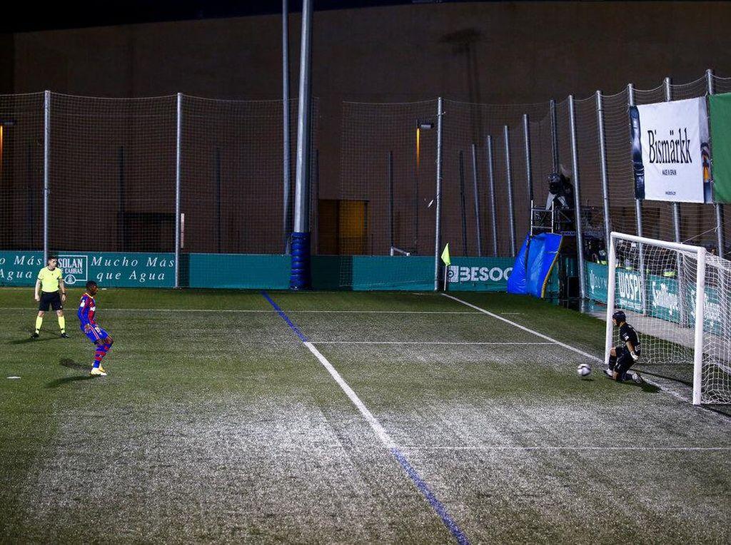 Barcelona Latihan Penalti Lagi Yuk!