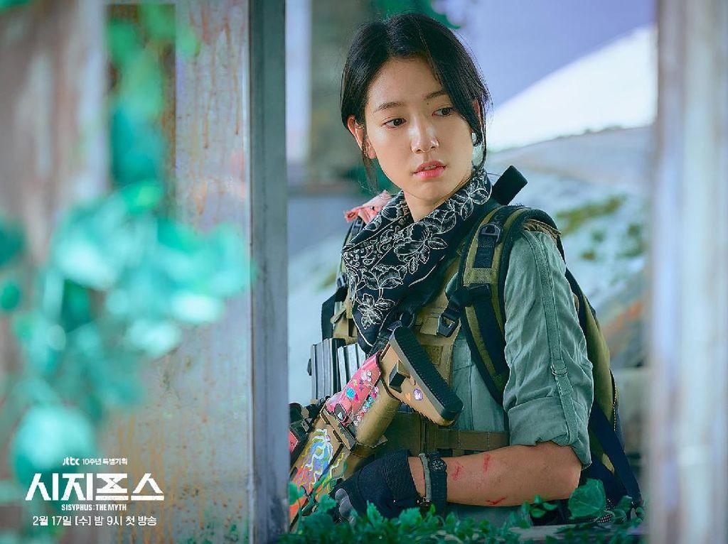Perjuangan Park Shin Hye Demi Adegan Aksi di Sisyphus: The Myth