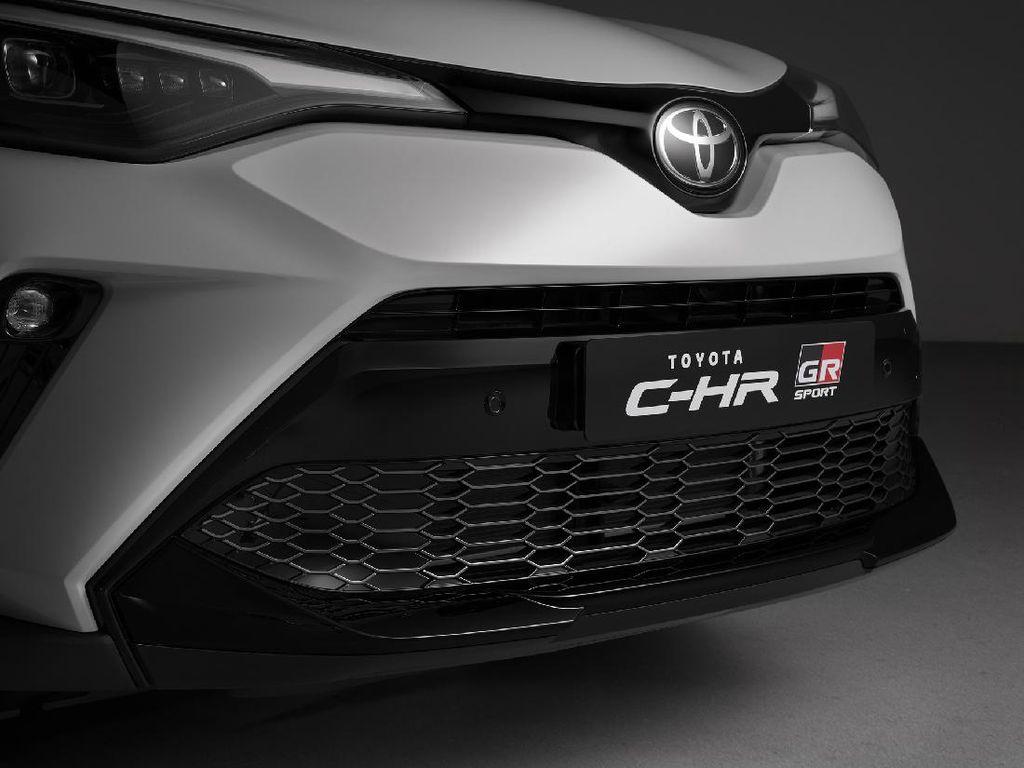 Toyota Jadi Mobil Paling Laris di Dunia Tahun 2020