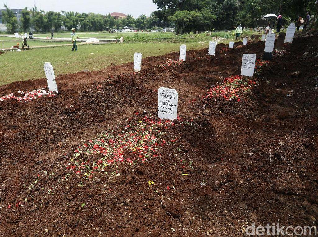 Tengok, Lahan Baru untuk Makam COVID-19 di Bambu Apus