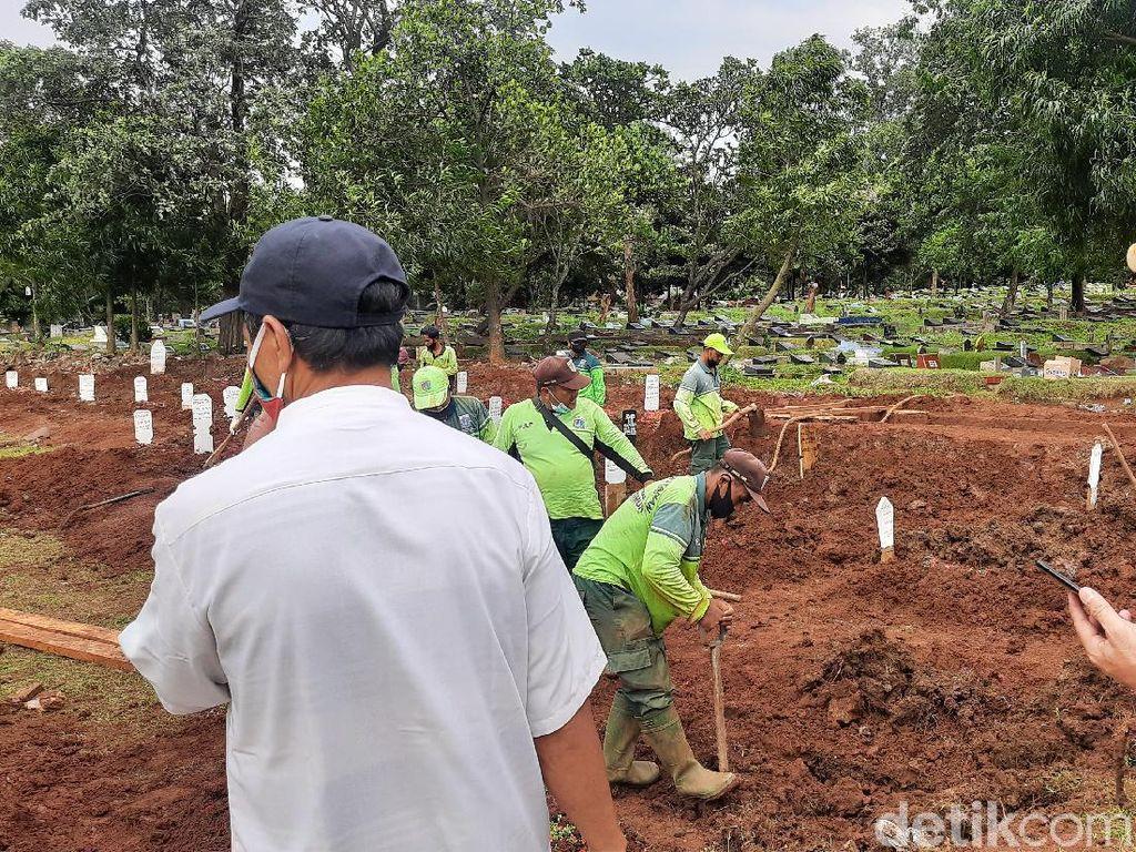 TPU Bambu Apus Dibuka 2 Hari, Sudah 30 Jenazah Corona Dimakamkan