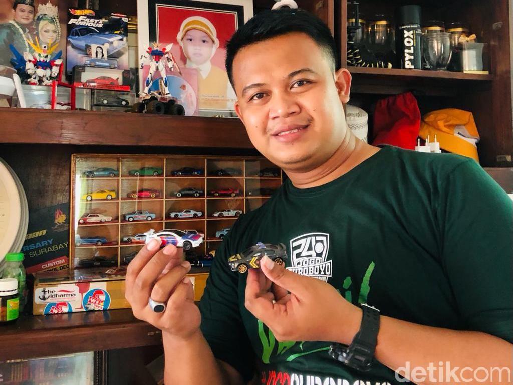 Polisi di Surabaya Kebanjiran Order Custom Mobil-mobilan Berawal dari Hobi