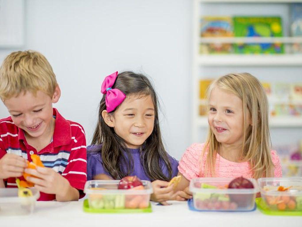 Tips Berikan Camilan Anak yang Sehat dan Tepat MenurutAhli