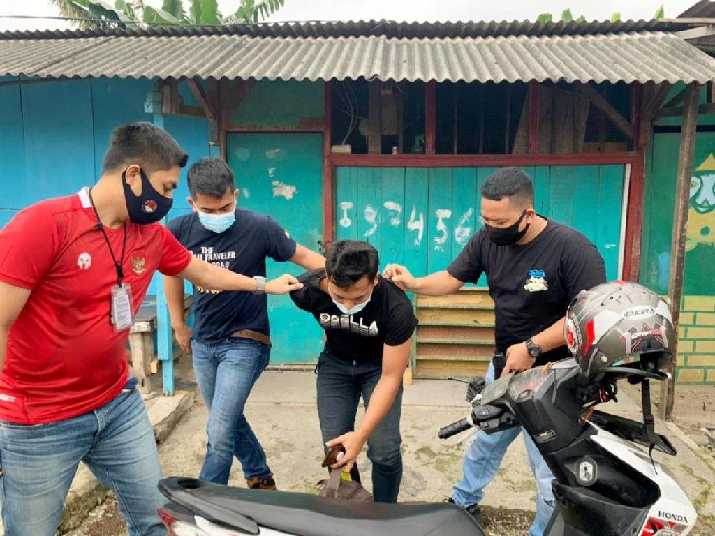 Polres Jakbar Tangkap Kurir Narkoba, Paket Besar Berisi Sabu Disita