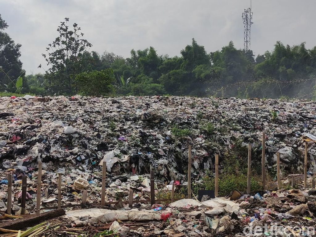 Warga Mau Alat Berat Lewat Permukiman Asal Sampah Selapangan Diangkut