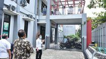 Wagub Emil Tinjau Asrama COVID-19 di Trenggalek, Beri Semangat Pasien Isolasi