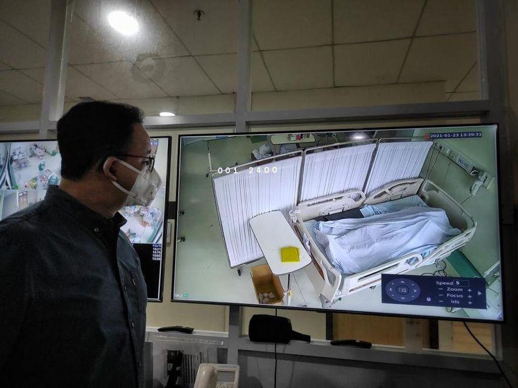 Anies Saksikan Momen Pasien Covid-19 Meninggal di RSUD Cengkareng
