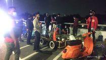 Sempat Tutup 2 Ruas Jalan, Kerumunan Komunitas Motor di Setiabudi Dibubarkan