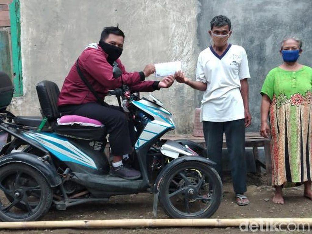 Kakek Penjual Jamu Ini Tertipu Rp 100 Ribu, Netizen Donasi Rp 1,4 Juta