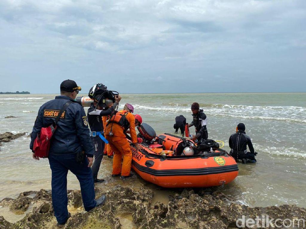 Tabrakan Kapal di Perairan Gresik, Upaya Pencarian 5 ABK yang Hilang Nihil