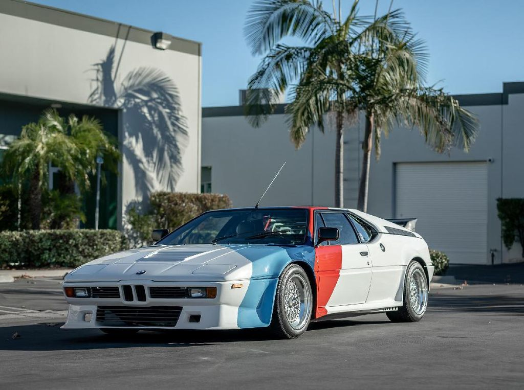 BMW Bekas Paul Walker Dilelang