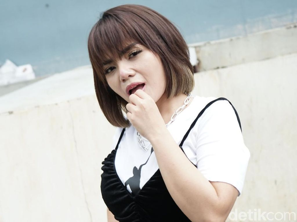 Dinar Candy Buat Sayembara Cari Pacar, 100 Cowok Sudah Antre