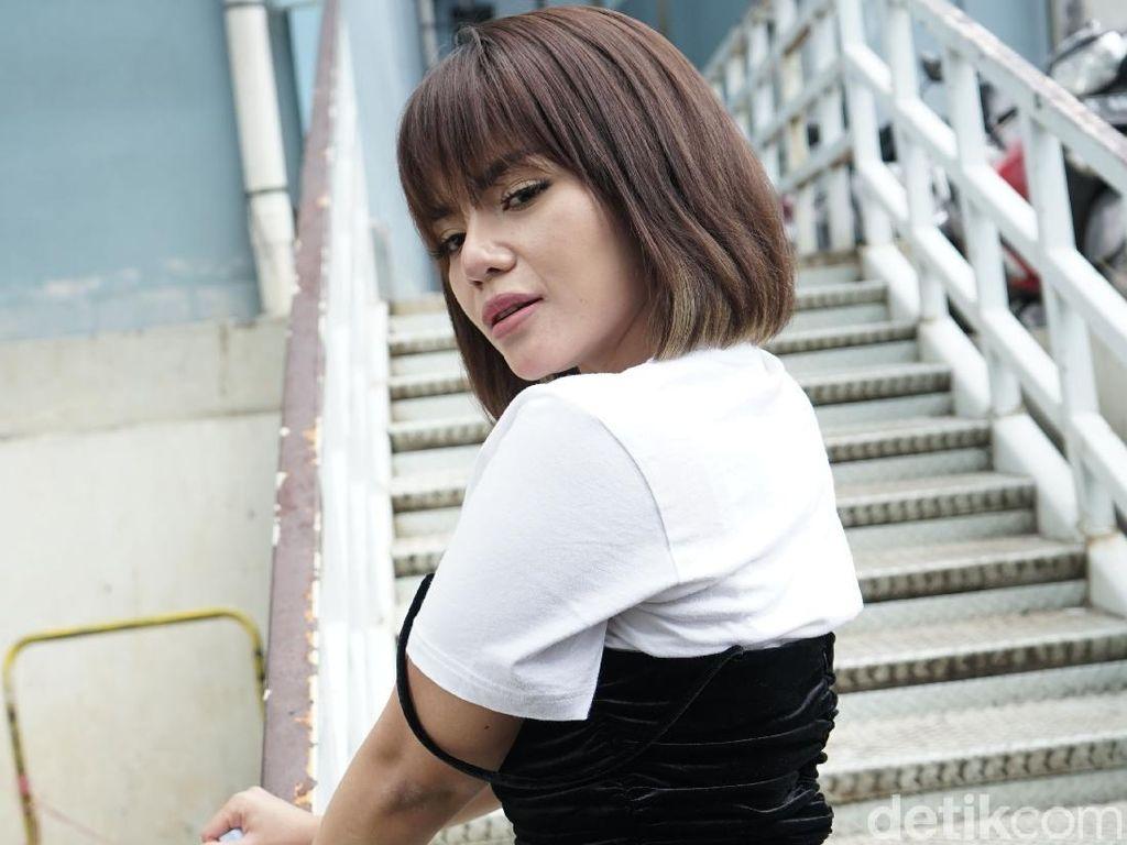 Dinar Candy Tersangka Kasus Dugaan Pelanggaran Pornografi dan UU ITE