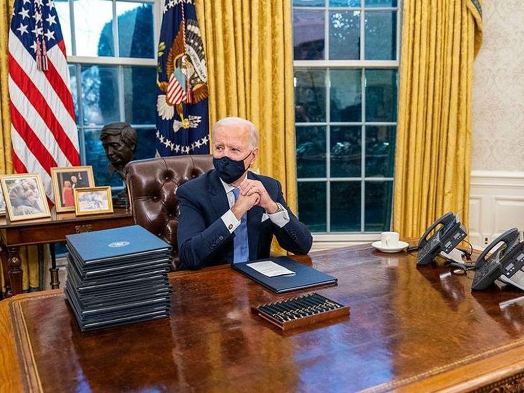 Biden Tiba-tiba Telepon Putin! Bahas Masalah AS-Rusia