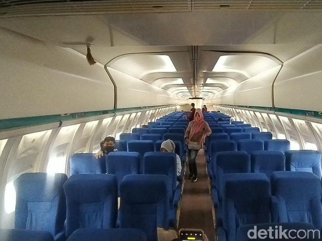 Di Ciamis, Semua Bisa Naik dan Makan di Pesawat
