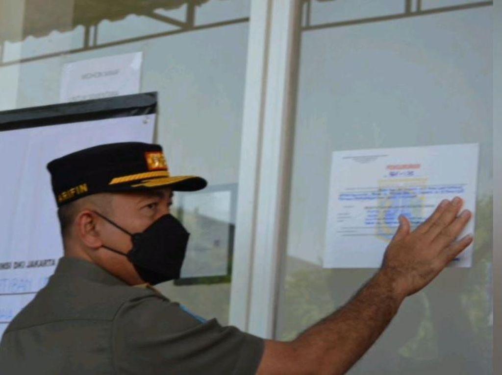 Meresahkan Warga, AVA OYO Jakarta Utara Disegel Satpol PP
