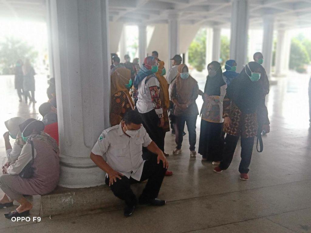 Nakes Pasien Corona di Bengkulu Tuntut Insentif Belum Cair Sejak Juni 2020