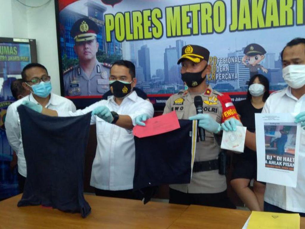 Aksi Mesum di Halte Bus Senen Viral, Polisi Kini Cari Penyebar Video