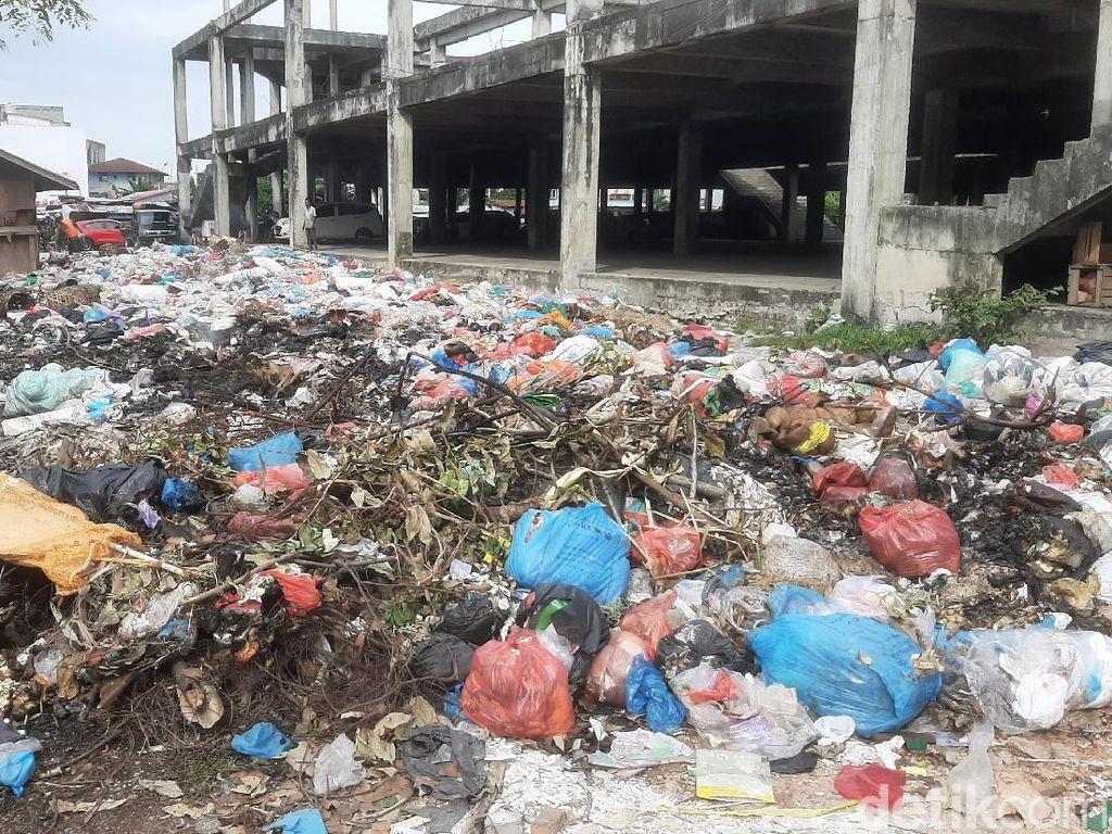 Polisi: Sekda Pekanbaru 2 Kali Tak Hadir Pemeriksaan soal Tumpukan Sampah