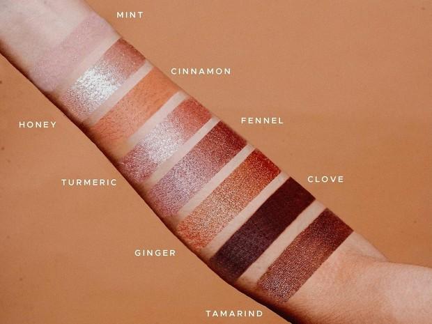 Ragam warna Tolak Angin Honey Glaze Eyeshadow dengan nama-nama herbalnya. Sumber: beautynesia.id