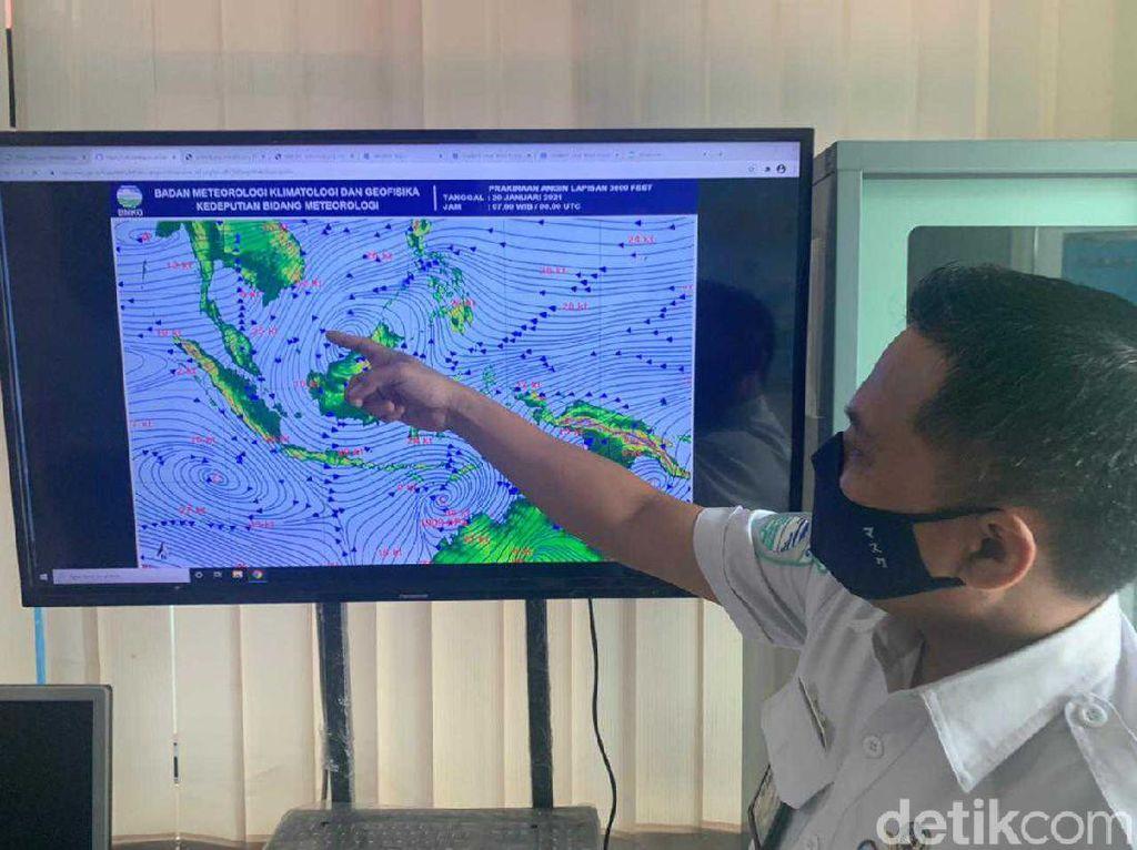 Peringatan Gelombang Tinggi hingga 6 Meter Landa Perairan Jatim hingga 11 April
