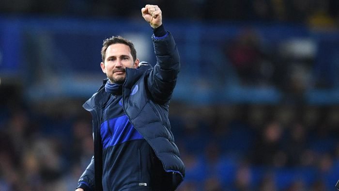 LONDON, ENGLAND - MARCH 03: Frank Lampard, Manager of Chelsea celebrates victory during the FA Cup Fifth Round match between Chelsea FC and Liverpool FC at Stamford Bridge on March 03, 2020 in London, England. (Photo by Shaun Botterill/Getty Images)