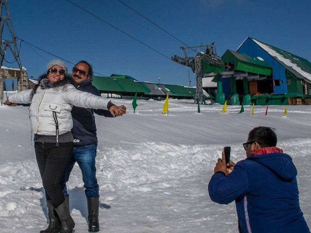 Dari Kota Hantu, Kini Jadi Tempat Ski Favorit Dunia