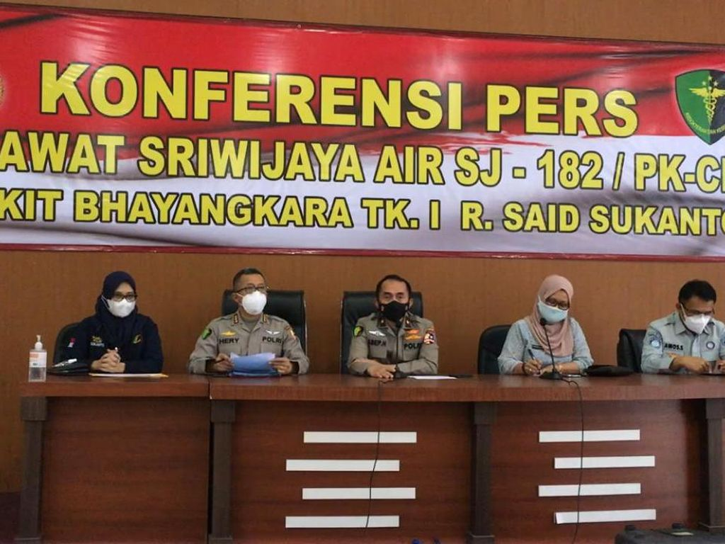 2 Korban Sriwijaya Air SJ182 Kembali Teridentifikasi, Total Jadi 55 Jenazah