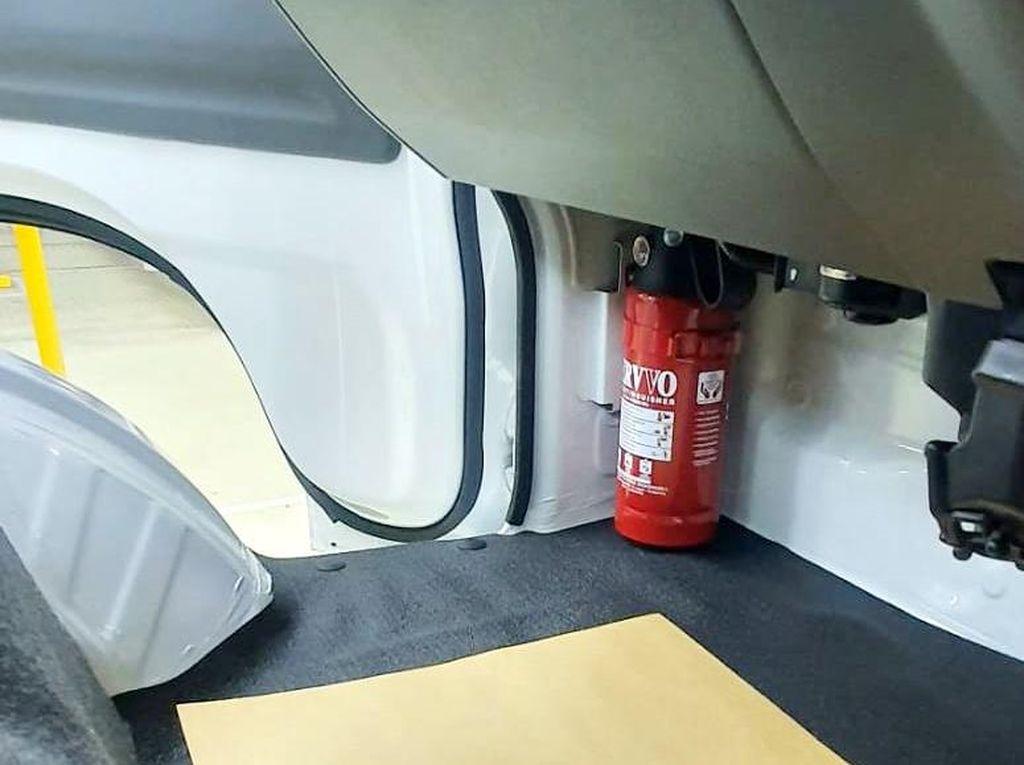 Ingin Pasang Alat Pemadam Api di Mobil, Model Apa yang Cocok?