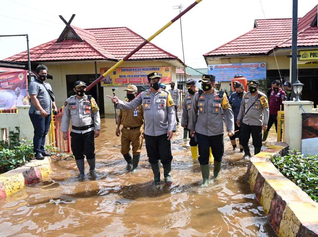 Polsek Martapura Timur Kalsel Terendam Banjir, Pelayanan Terganggu