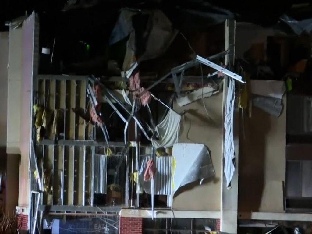 Potret Kerusakan Bangunan di Alabama Usai Diterjang Tornado