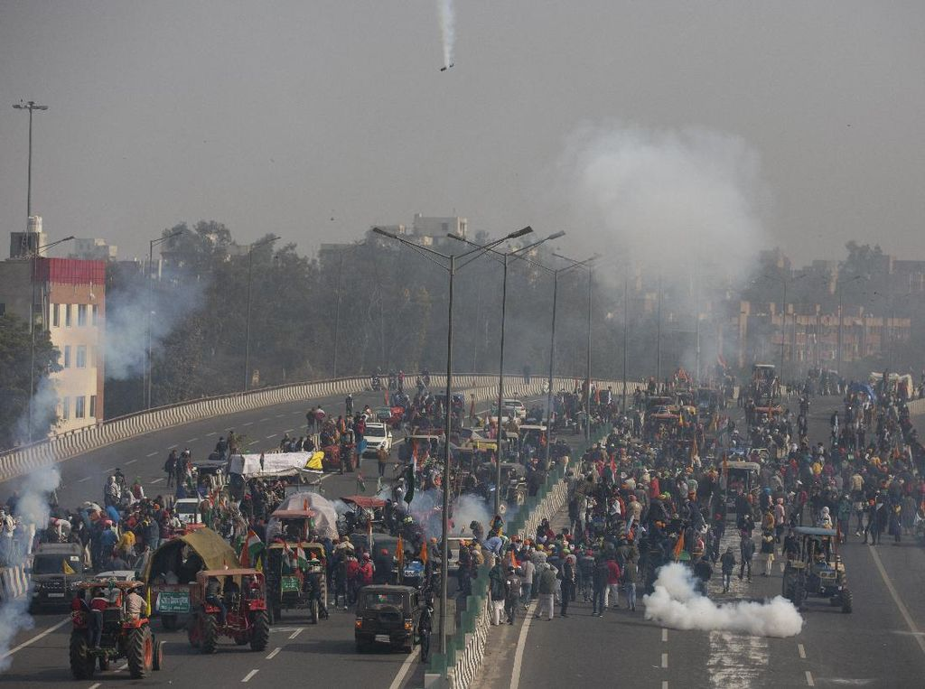 Eskalasi Aksi Protes Petani Meningkat, New Delhi Dibarikade
