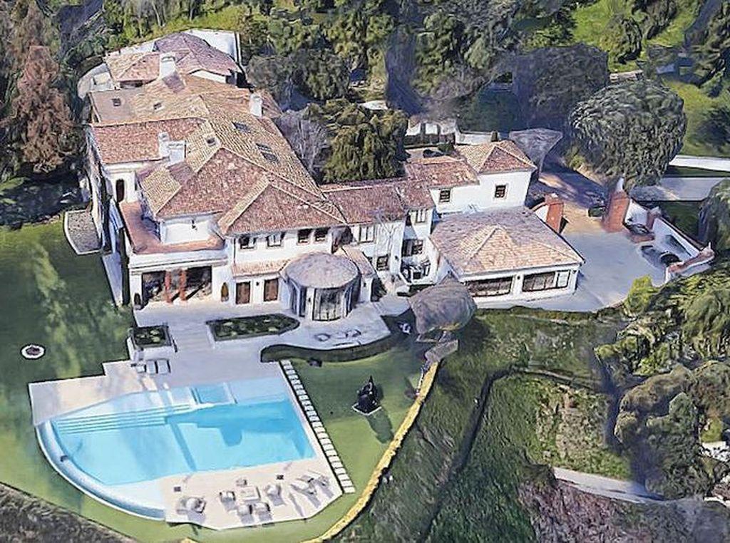 7 Potret Rumah Mewah Sylvester Stallone yang Dijual Rp 1,8 Triliun
