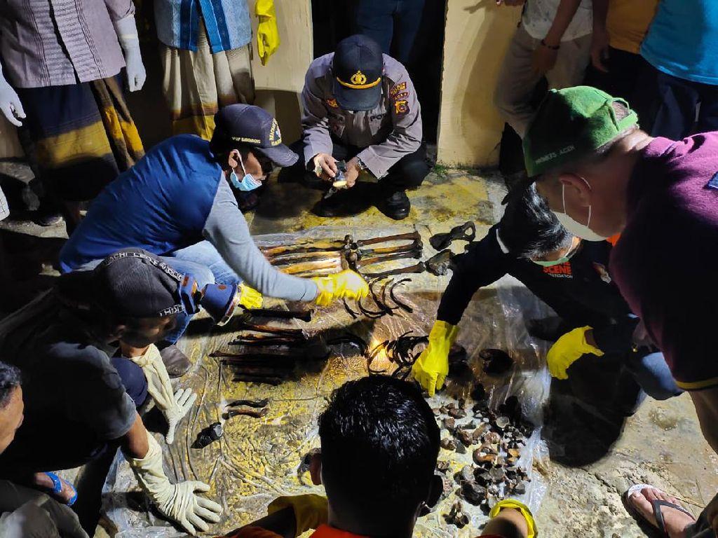 Dua Kerangka Manusia Terbungkus Kain Mukena Ditemukan di Aceh Timur