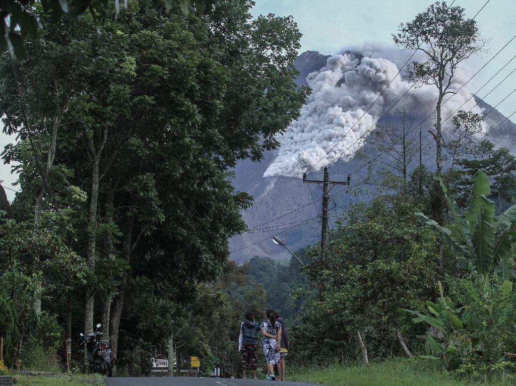 Endapan Material Awan Panas Gunung Merapi Capai 262 Ribu Meter Kubik