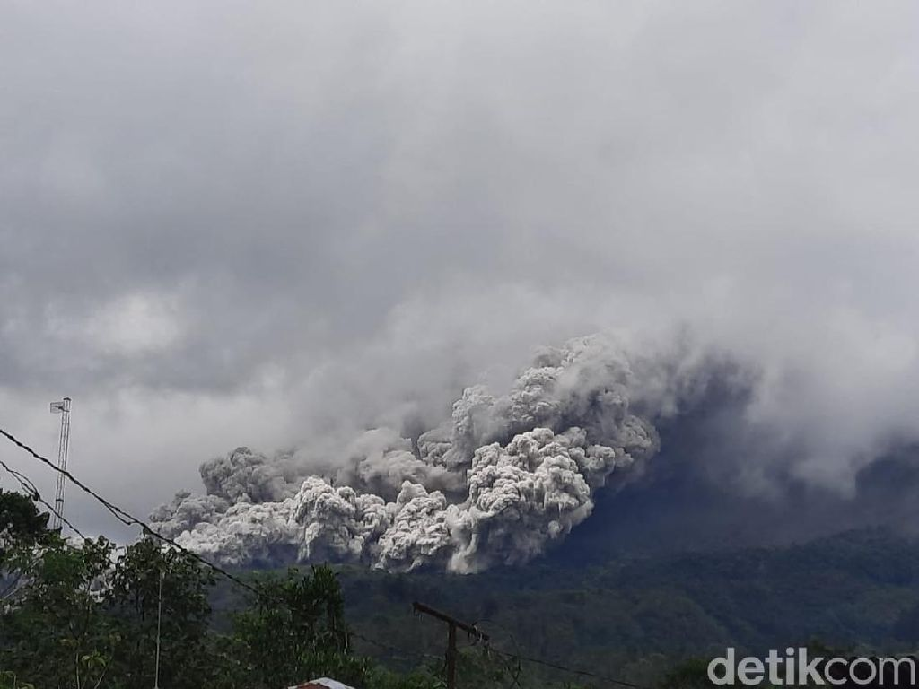 Kubah Lava Gunung Merapi Terus Tumbuh, Kini Capai 350 Ribu Meter Kubik