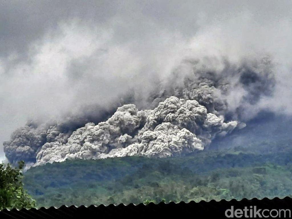 Waspada Gunung Merapi, Ini Tips Hadapi Erupsi Gunung Berapi