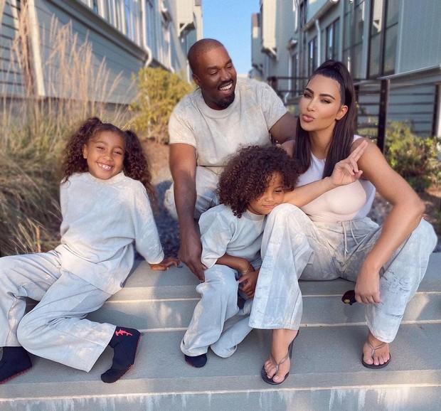 Keluarga Kanye West dan Kim Kardhasian