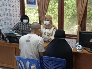 Potret Suami-Istri Tersangka Pemerkosa Wanita di Sumbar Saat Diperiksa