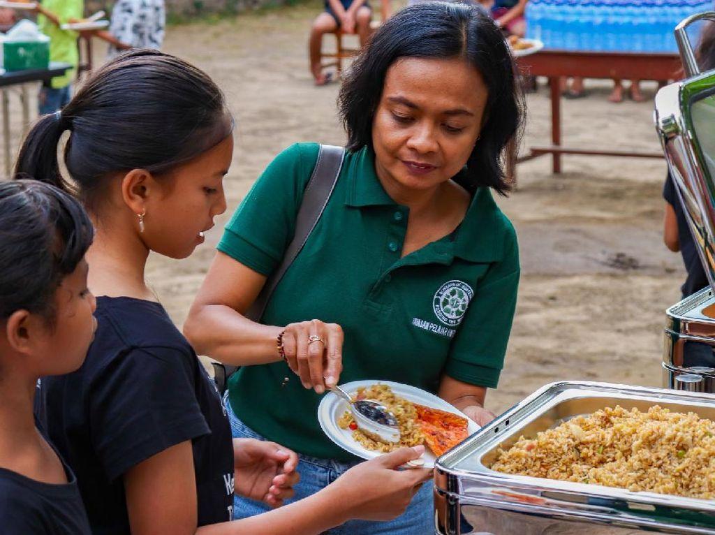 Tak Goyah Oleh Pandemi, Hotel Mewah Ini Bagi Makanan di Bali