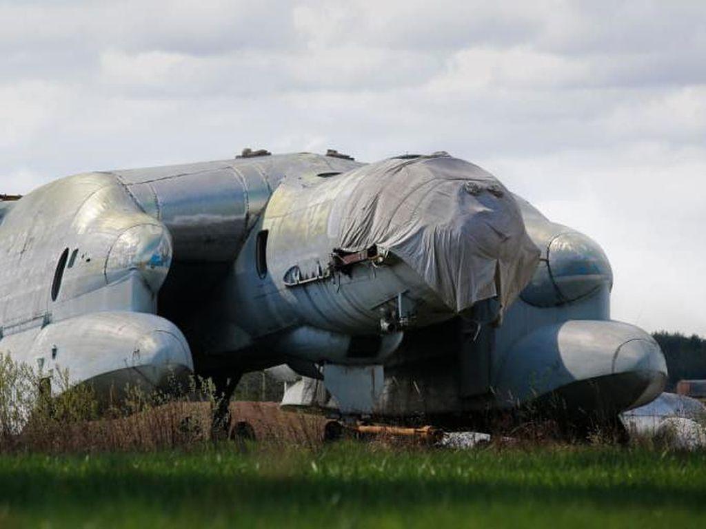 Satu Lagi Monster dari Zaman Uni Soviet, Pesawat Naga Kepala Tiga