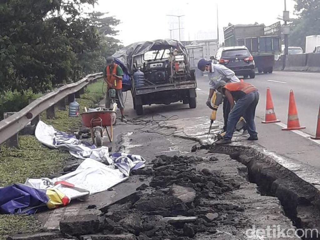 Ruas Tol Surabaya-Gempol Longsor, Satu Lajur Ditutup Sementara