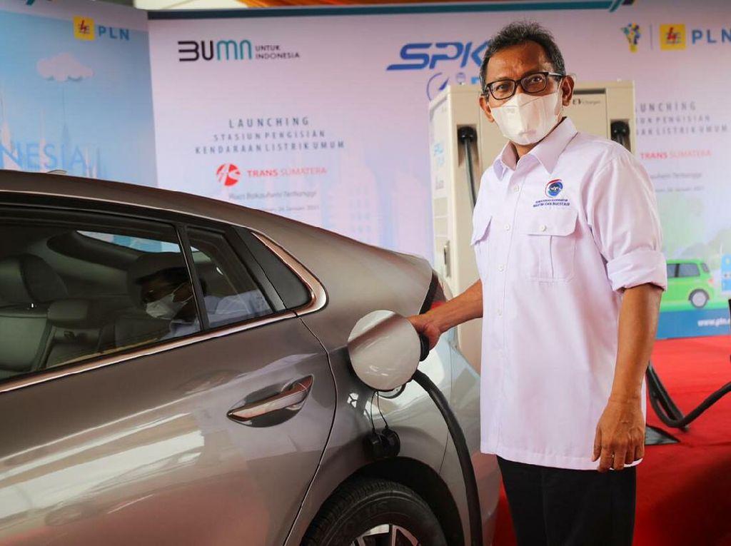 Bawa Mobil Listrik ke Sumatera Lebih Tenang, Sudah Ada SPKLU