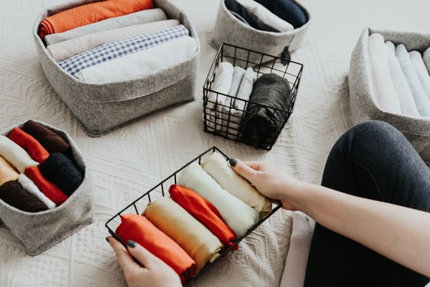 Cara decluter pakaian