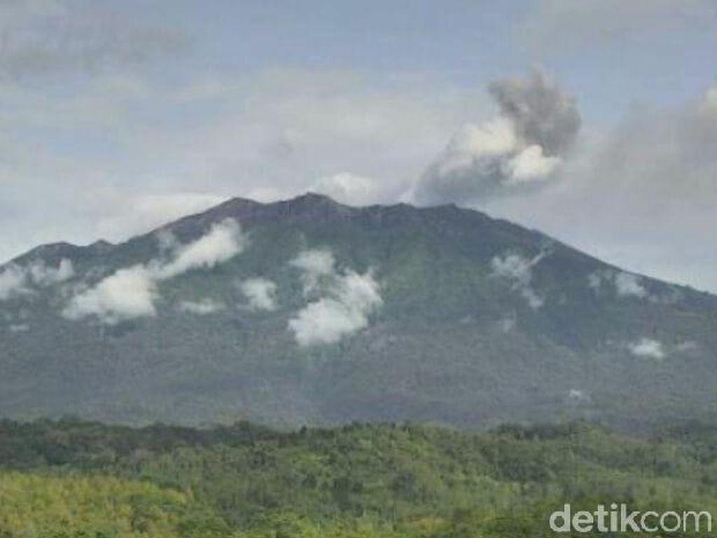 PVMBG Akan Pasang GPS dan Teliti Bau Belerang dari Gunung Raung